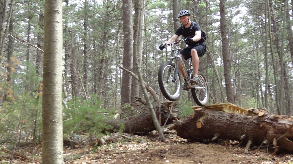 Fat Bike Air and Action Shots on Tech Terrain-lb20.jpg