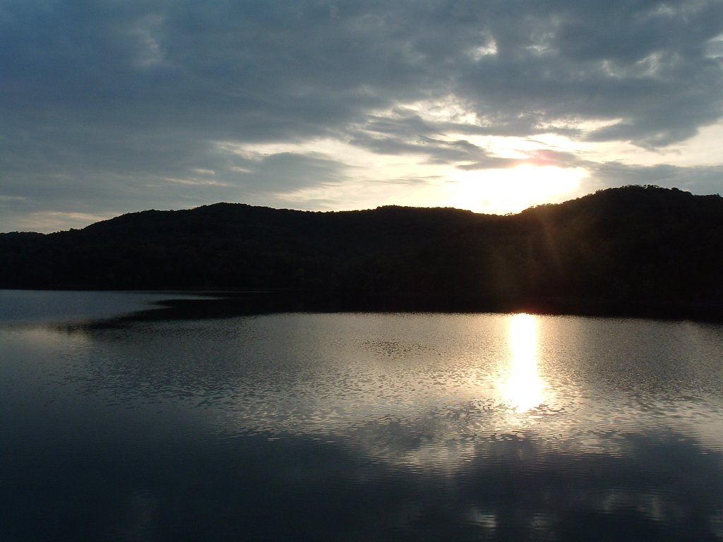 Post a picture or two of your neck of the woods-leatherwood-dam-view.jpg