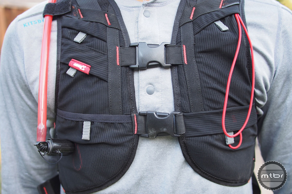 Double chest buckles hold the pack securely in place.