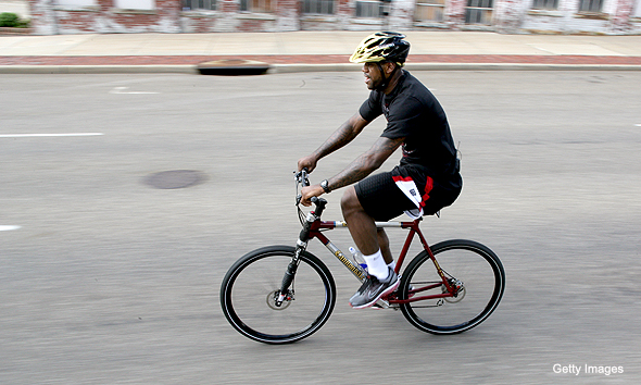 Birth of DirtySixer36er-lebron-james-riding-bike.jpg