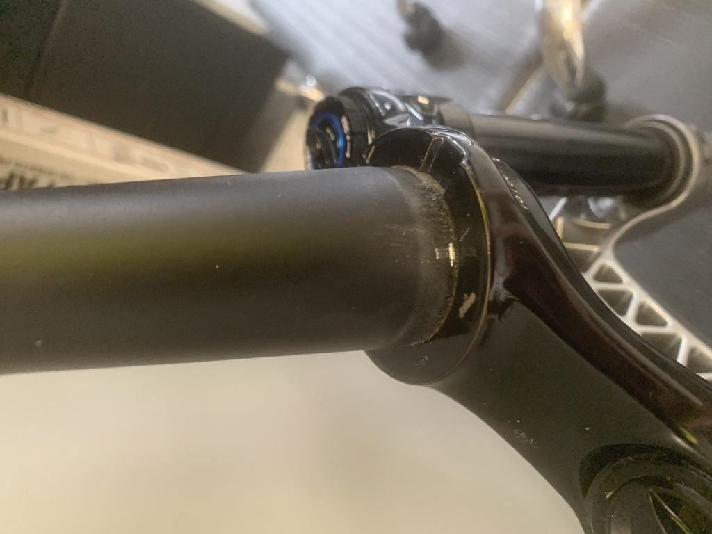 Scored Steerer tube when removing crown race-lgxe5btkstqdlw58q-oiuq.jpg