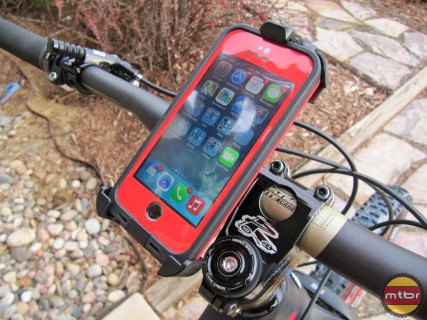 the best attitude d4136 4de67 Review: Lifeproof frē smartphone case and bike mount- Mtbr.com