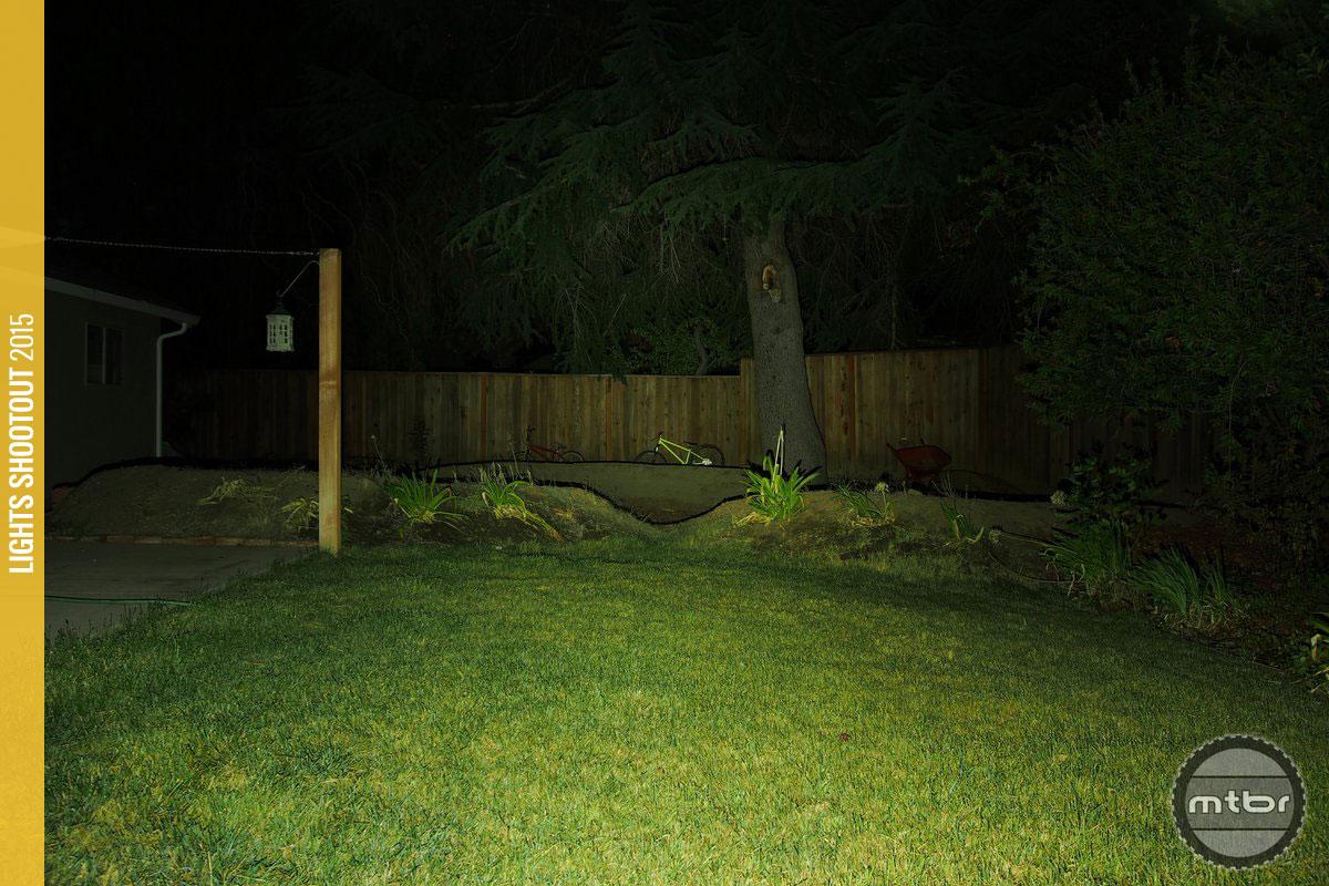 Light & Motion Taz 1500 Backyard Beam Pattern