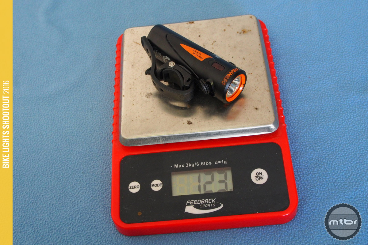 Weight of 123g with mount is one of the lightest in the category.