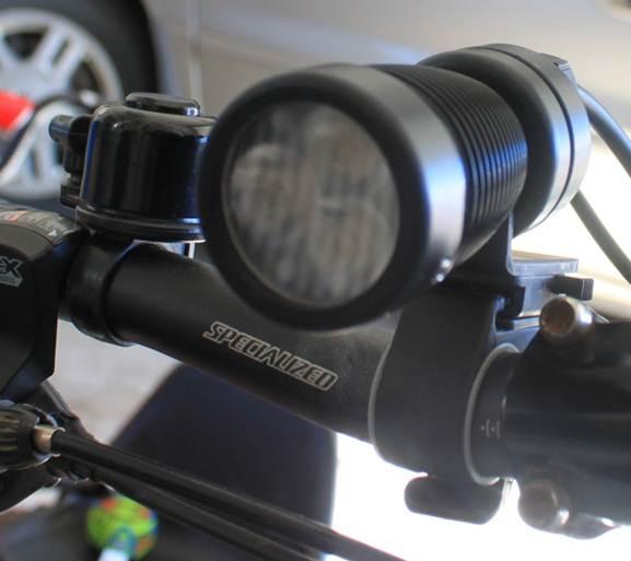 Triple Cree XRE with Bflex & MiniBlaast-light1.jpg
