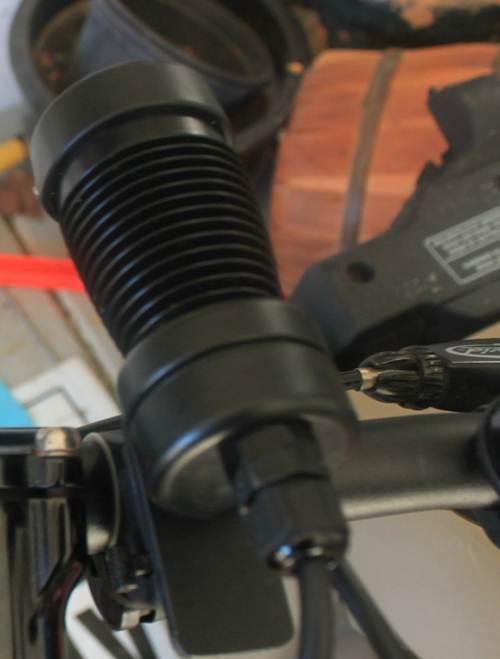 Triple Cree XRE with Bflex & MiniBlaast-light3.jpg