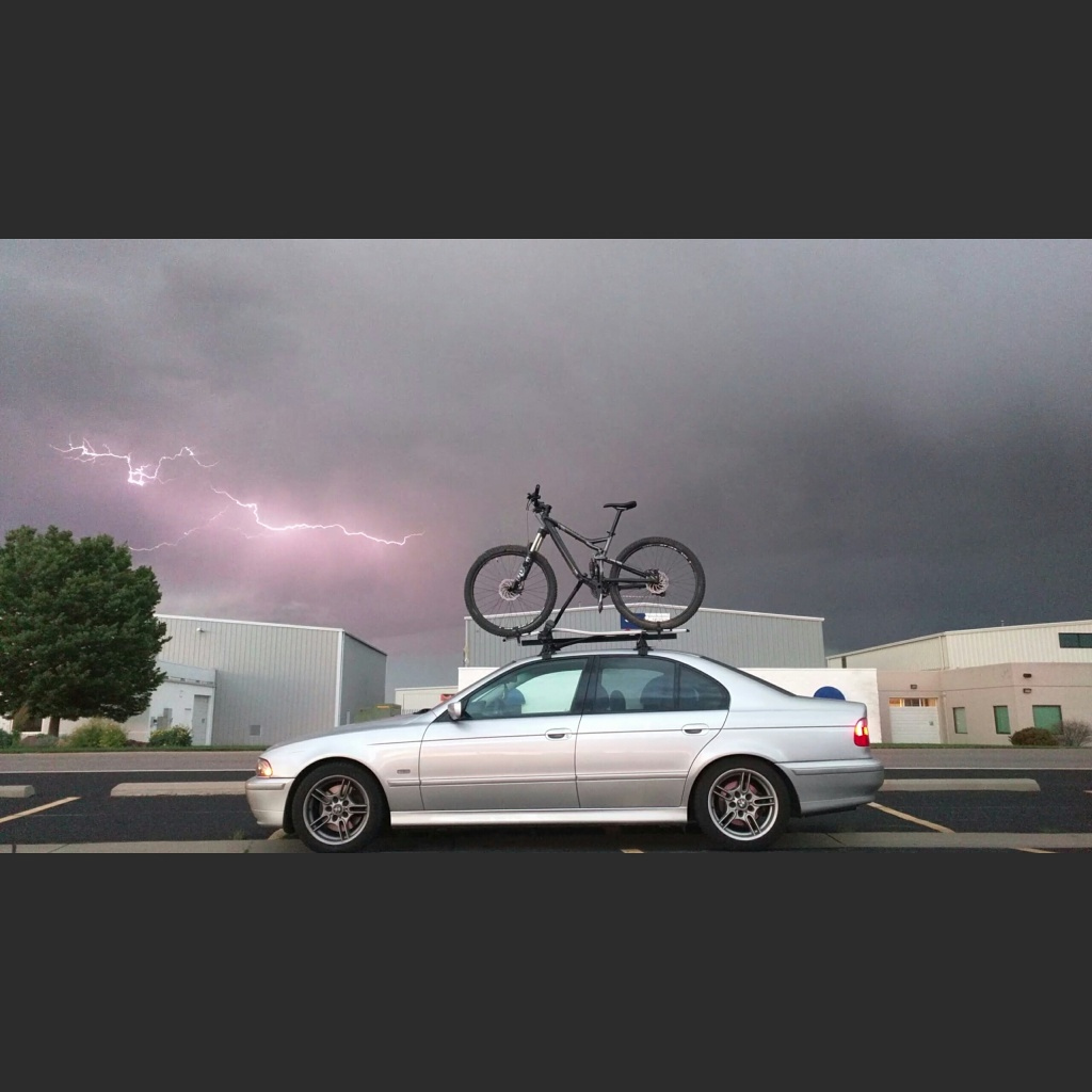 Post a pic of your Cannondale  29er-lightning.jpg