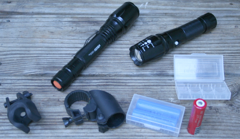 Using LED flashlights for cycling-lights-batteries.jpg