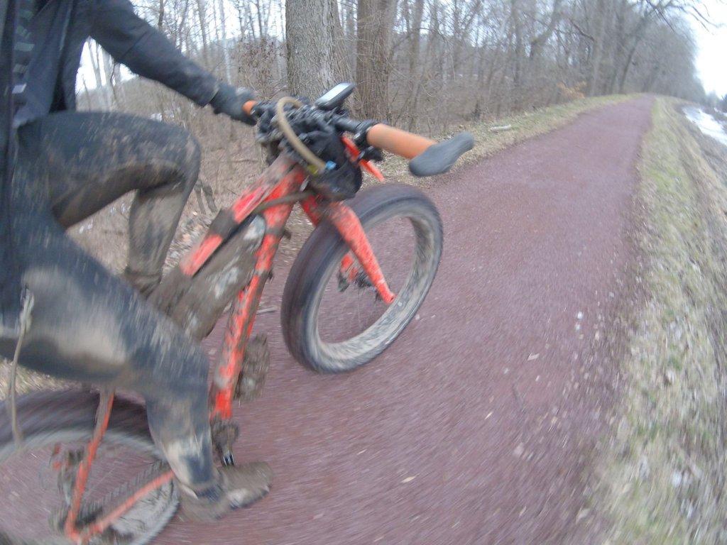 Hand Numbness + Fat Bikes-lka7wzfas2s1d_8tximf_munwm00h_6czpj4hquj5dw-2048x1536.jpg