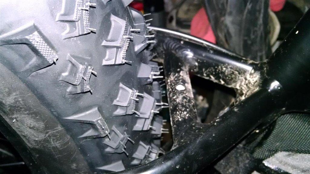 Rocky Mountain Blizzard Fat Bike-lou-blizzard-2-medium-.jpg
