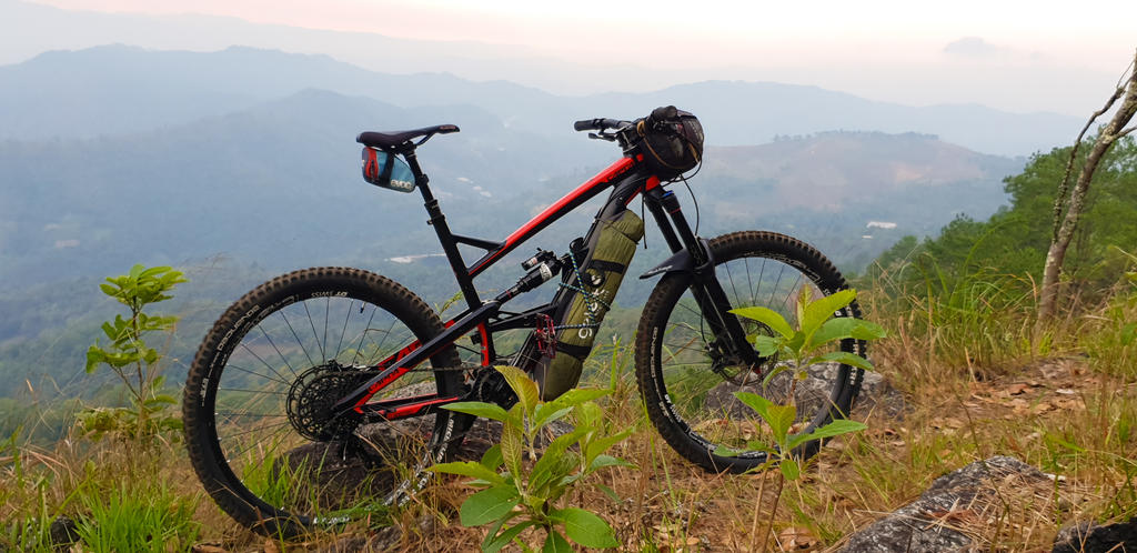 Post your Bikepacking Rig (and gear layout!)-lrm_export_20180429_102250.jpg