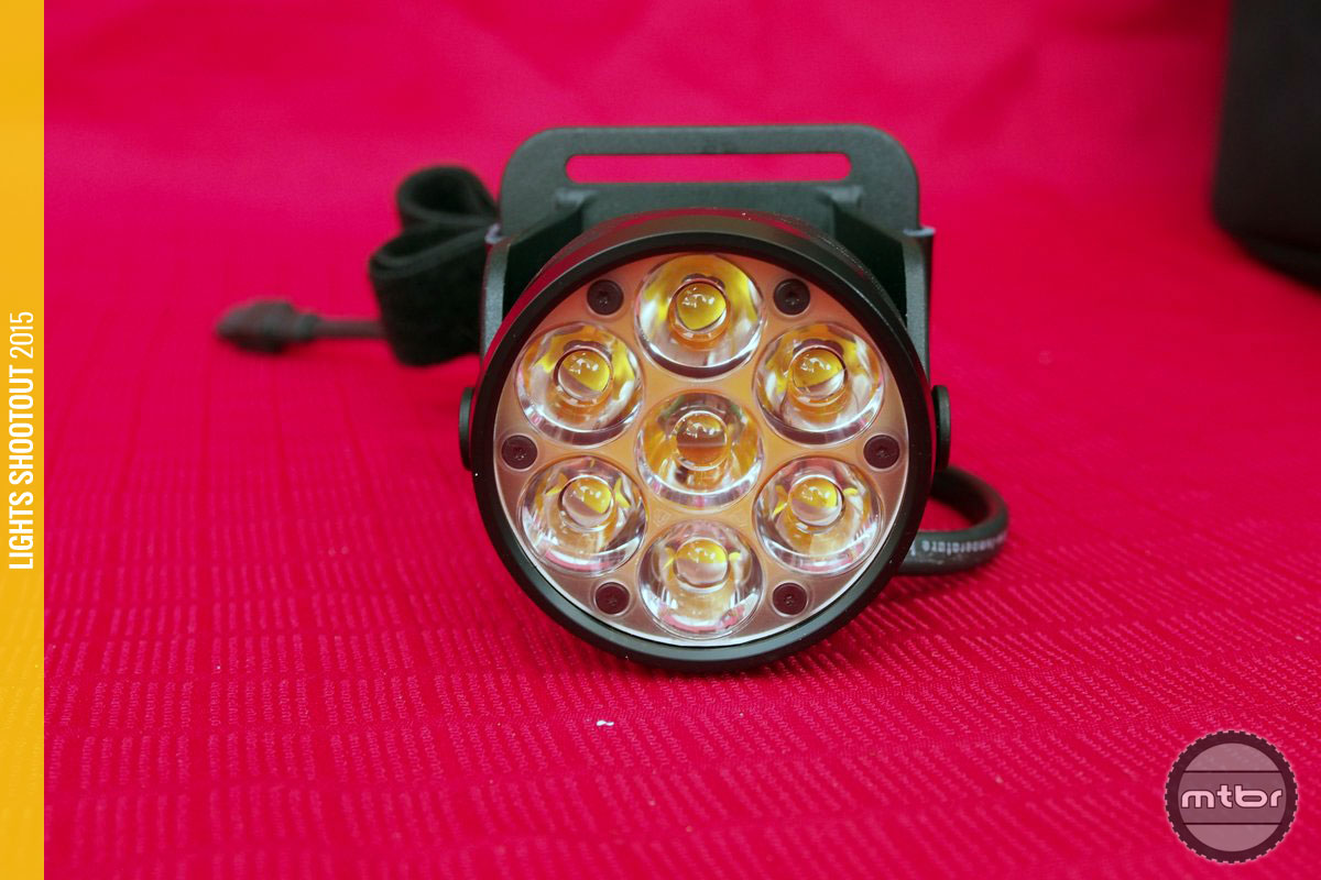 Lupine Betty R 14 Lens