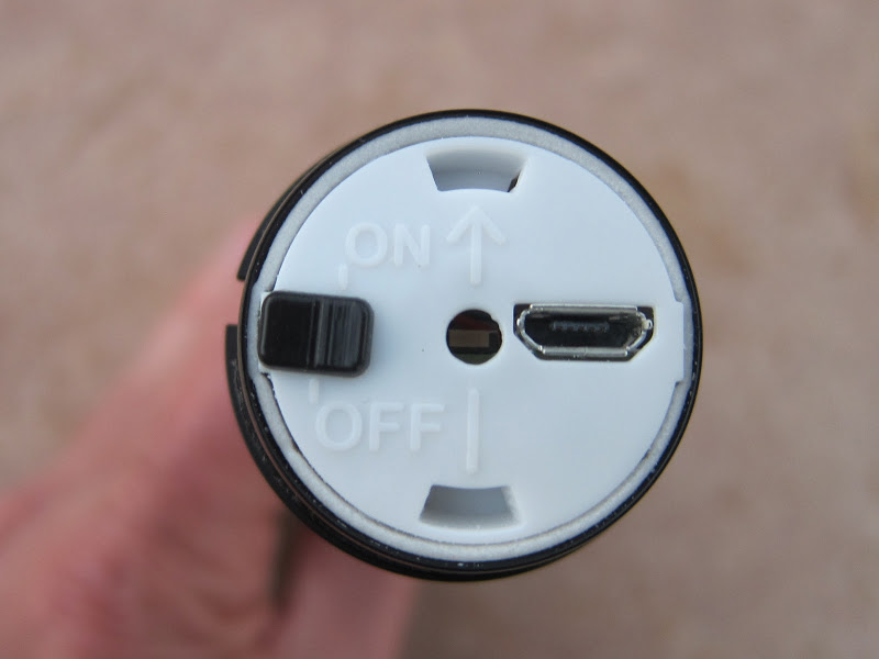 Magura eLECT under top cap view showing USB port and master on/off