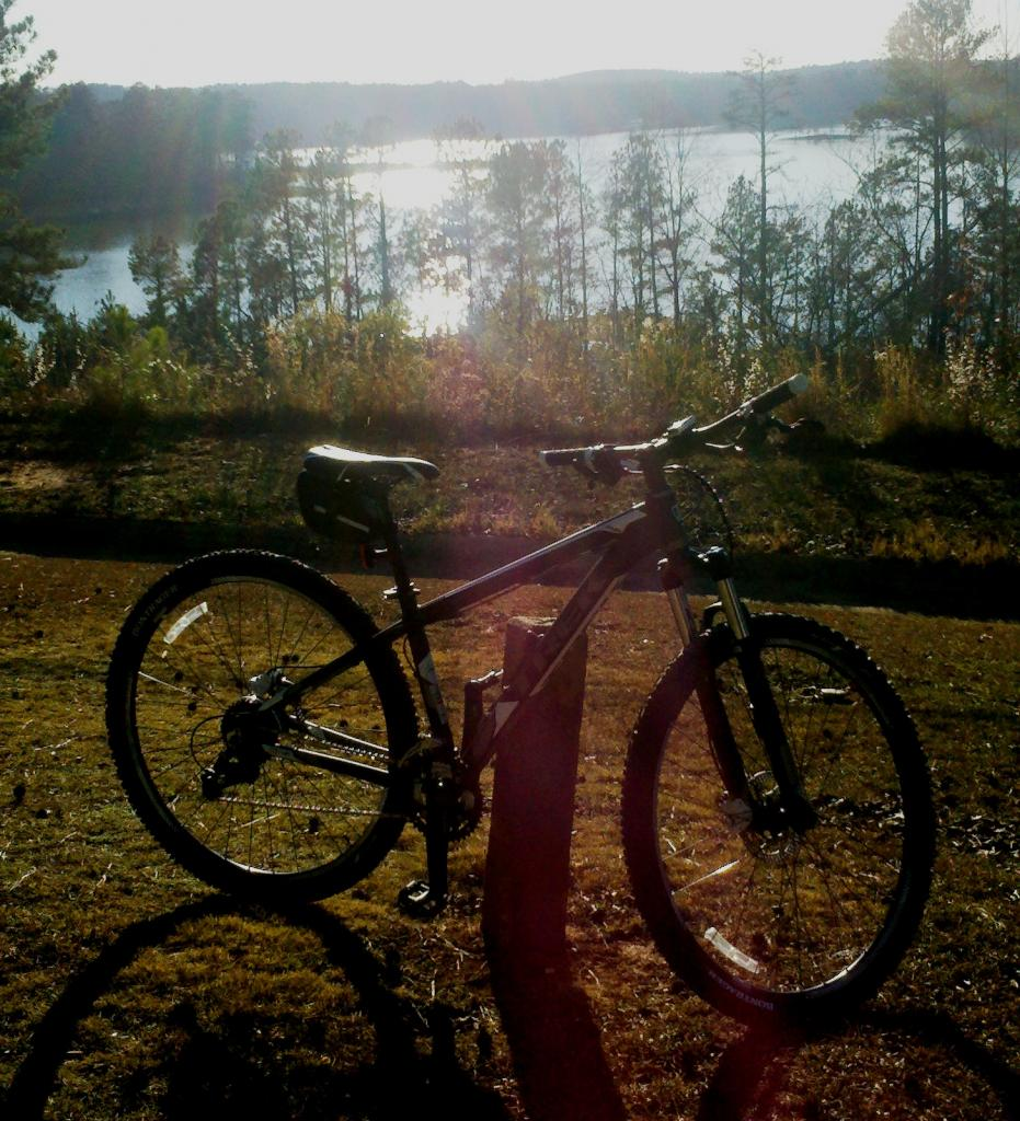 Photos of your TREK'S-mamba-lake-west-point.jpg