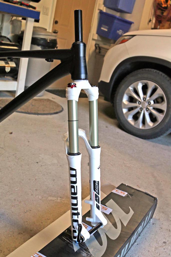"""New 26"""" bike built-manitou-mattox-expert.jpg"""