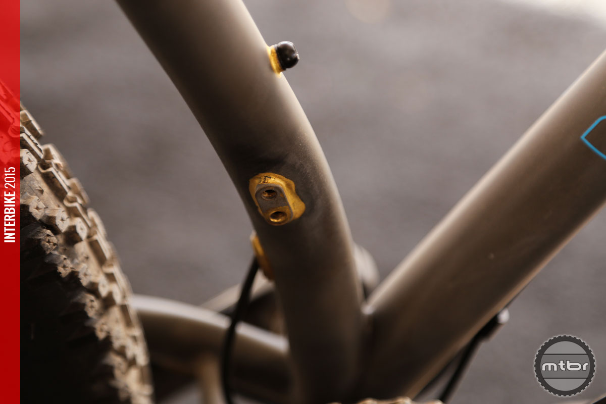 The Pine Mountain 2 will ship with a 1x11 drivetrain, but has provisions for a front derailleur.