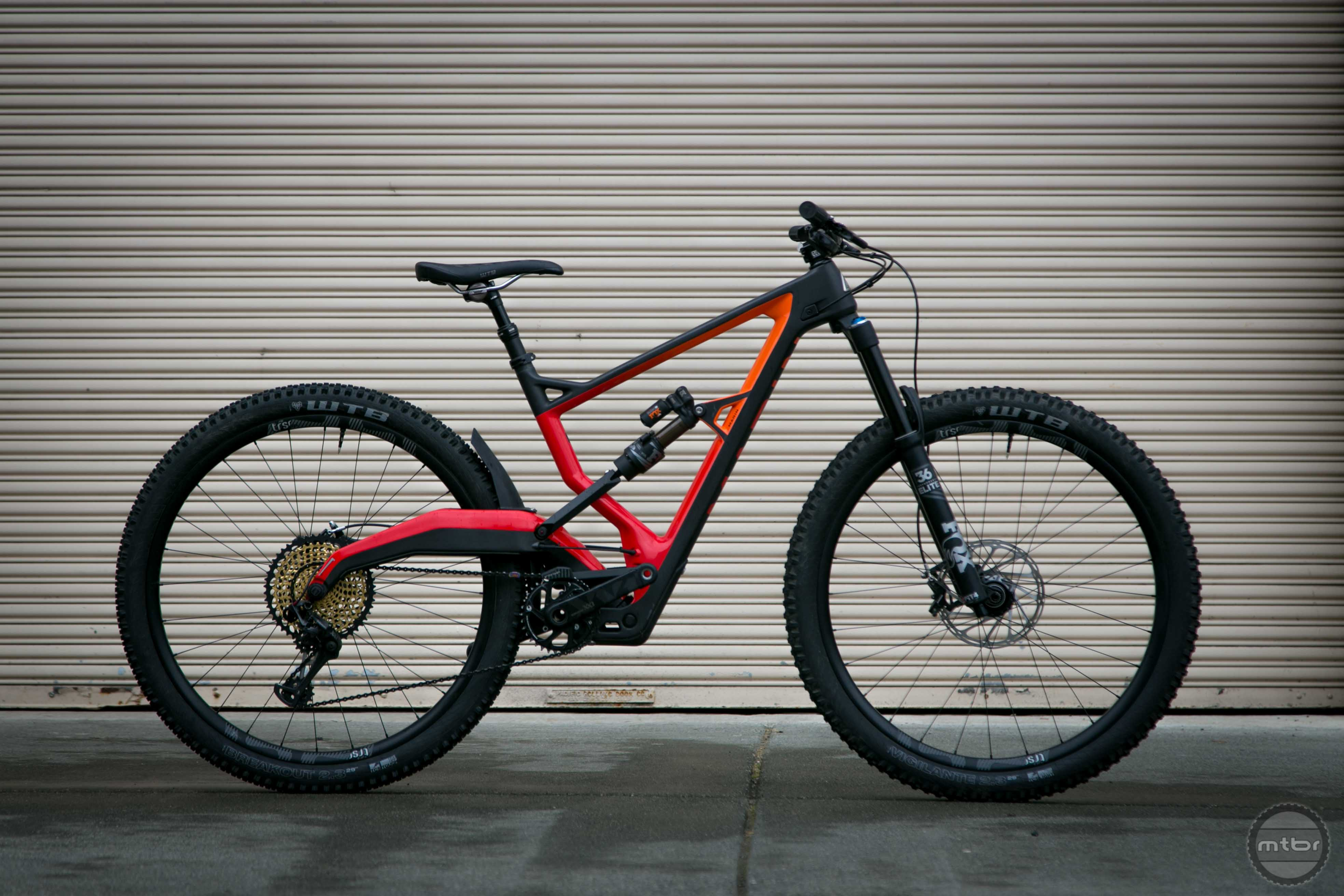 The new Marin Wolf Ridge utilizes the same suspension configuration as the recently released Polygon Square One.