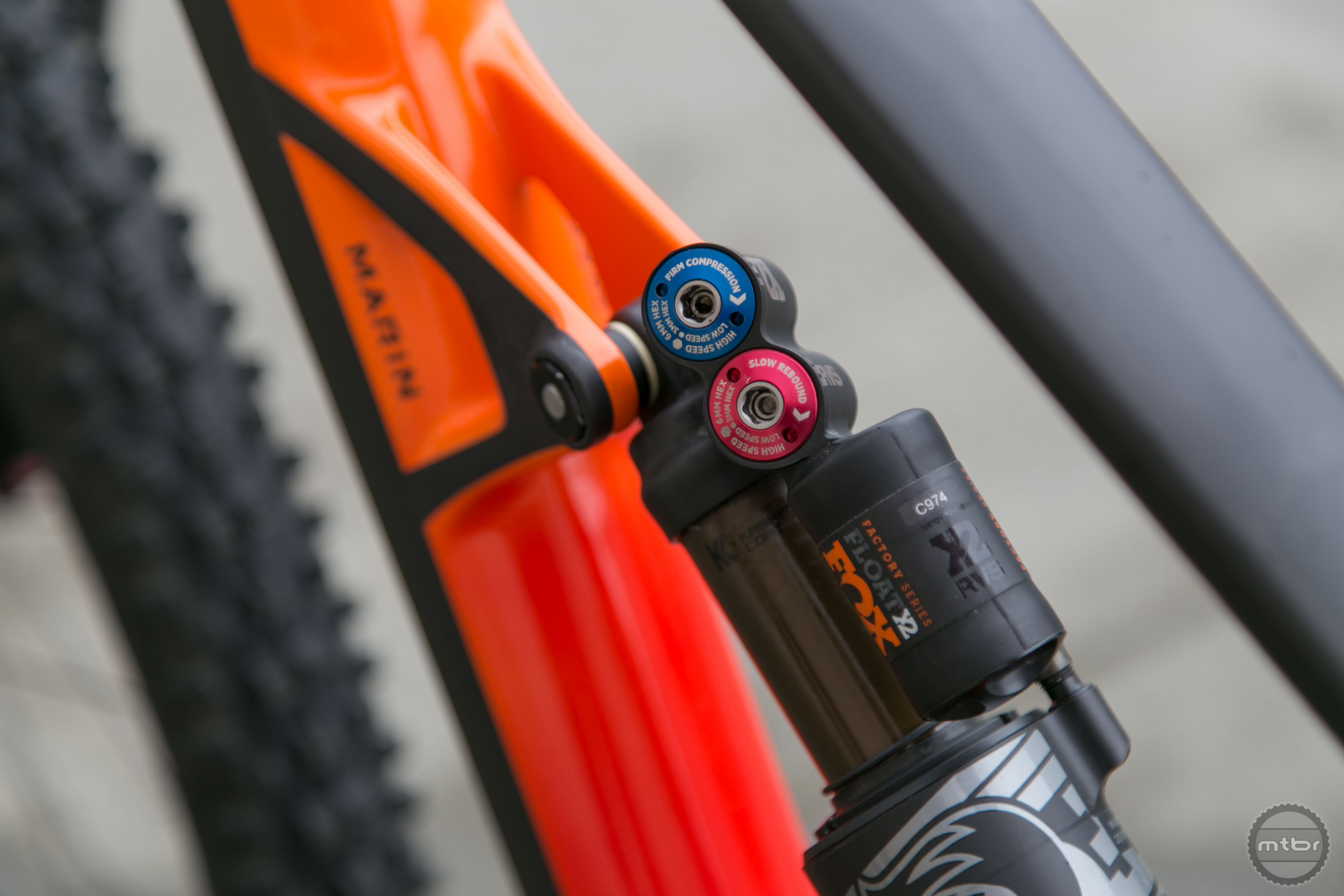 The Float X2 has been given a custom tune that cuts back the damping and eliminates the climb switch.
