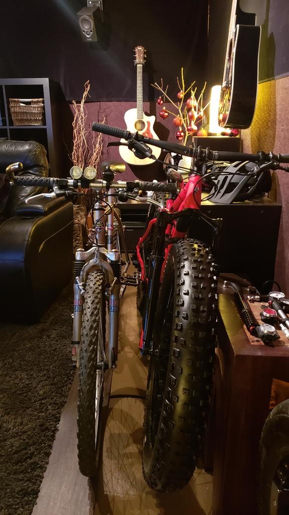 2016 Trek Farley 5, 7, 9, 9.6, and 9.8 Fat Bikes-marin_3.jpg