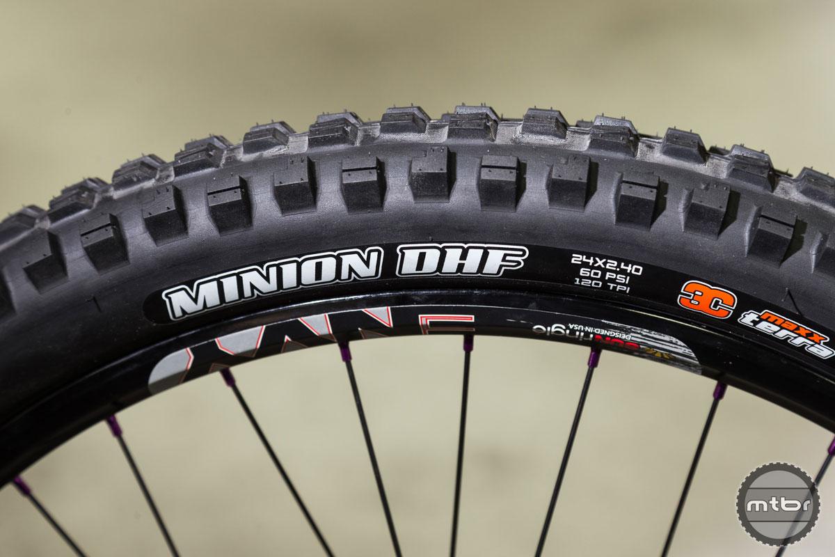 Maxxis Minion DHF 2.4