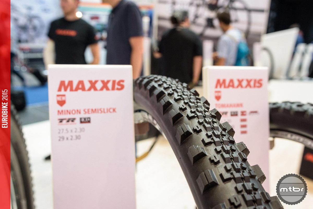 Maxxis Minion SS enduro tire.