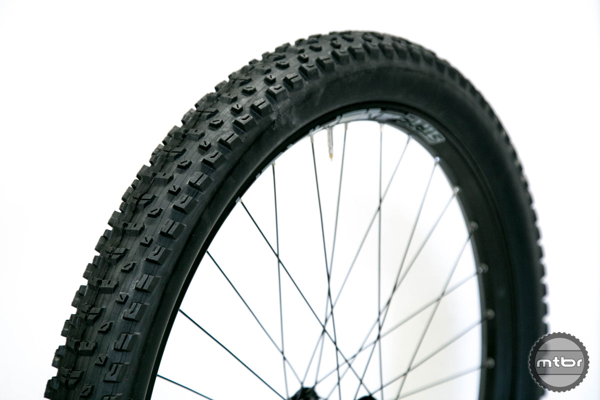Maxxis Rekon+ Review