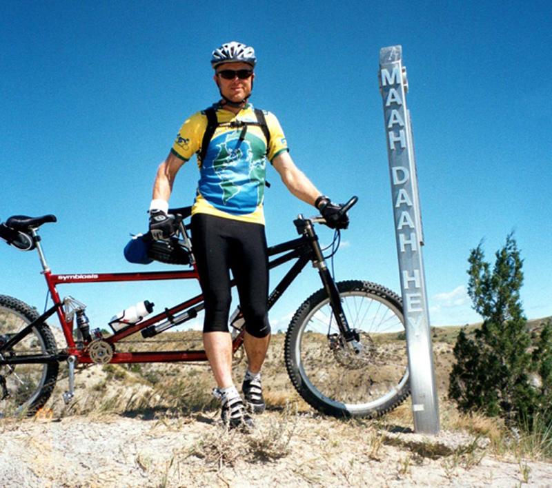 Bike + trail marker pics-mdh-05-arly-midway-post.-dl-.jpg