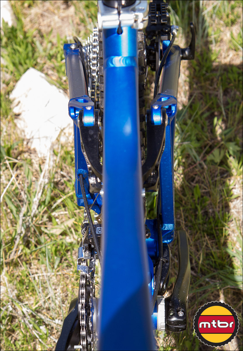 Turner Flux 27.5 Trail Bike - asymmetric rear swingarm