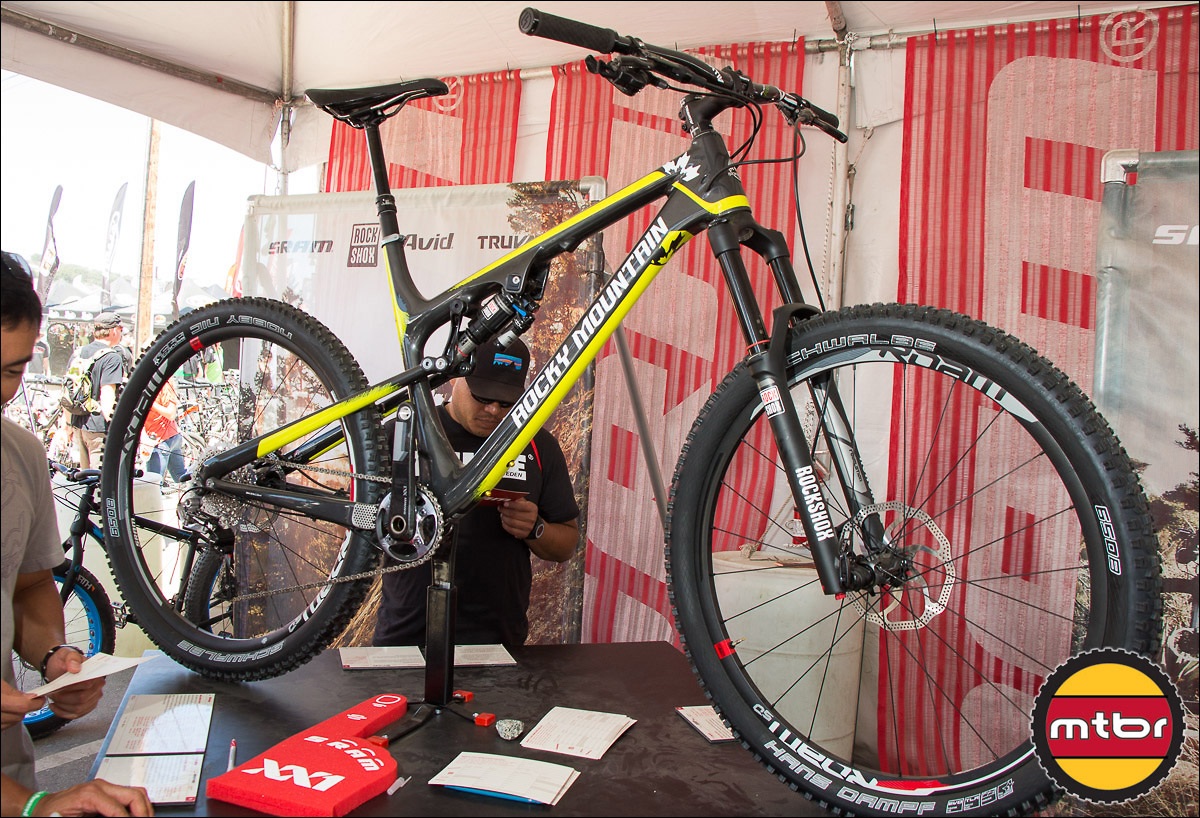 All-Carbon Rocky Mountain Altitude 790 MSL 650b Bike
