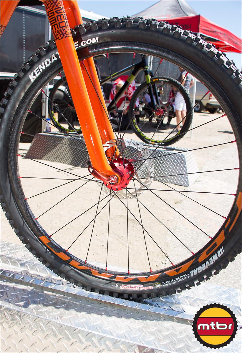 New Grammo 650b Carbon Fiber Wheels