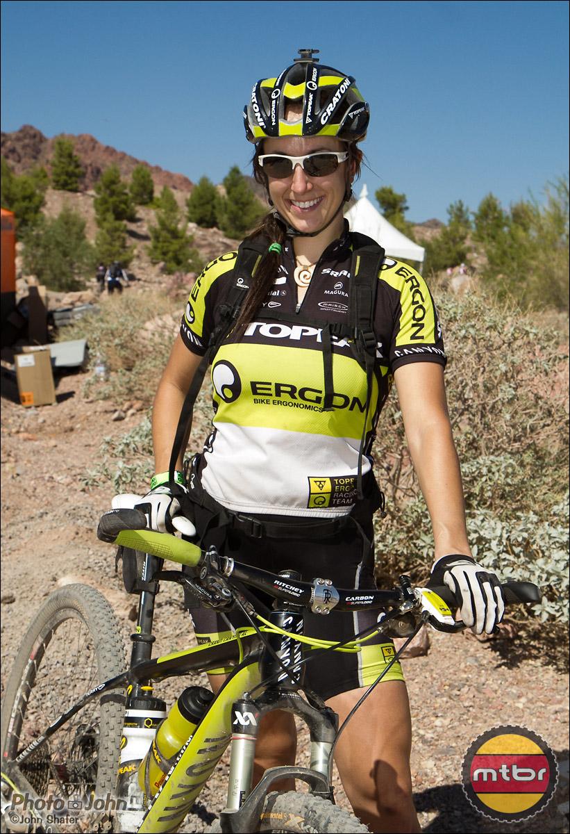 Ergon Endurance Pro, Sonya Looney