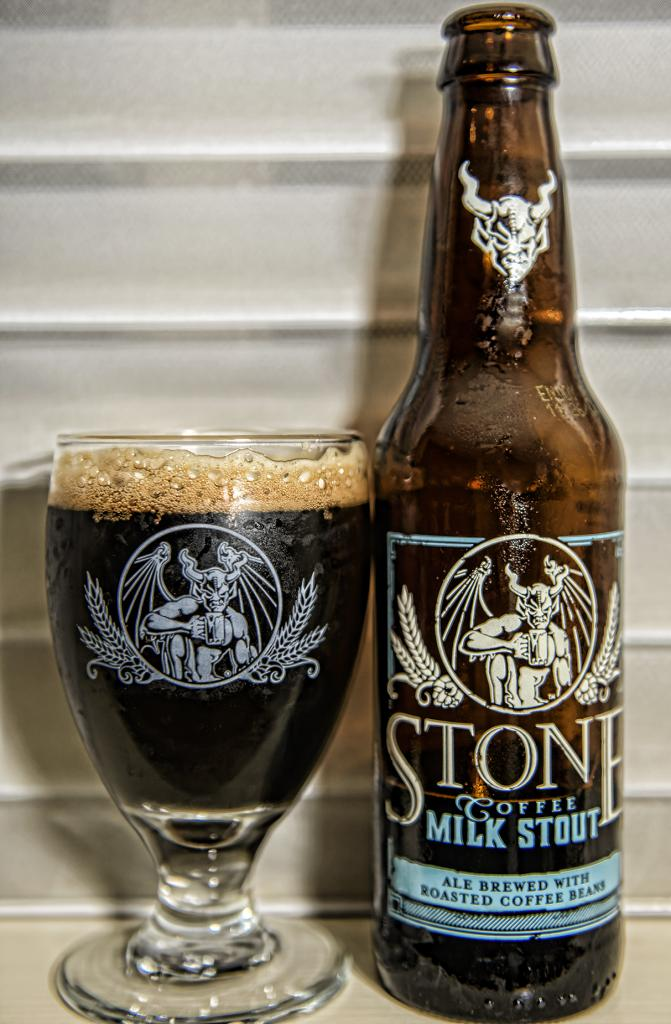 What are you drinking right now?-milk-stout-mt.jpg
