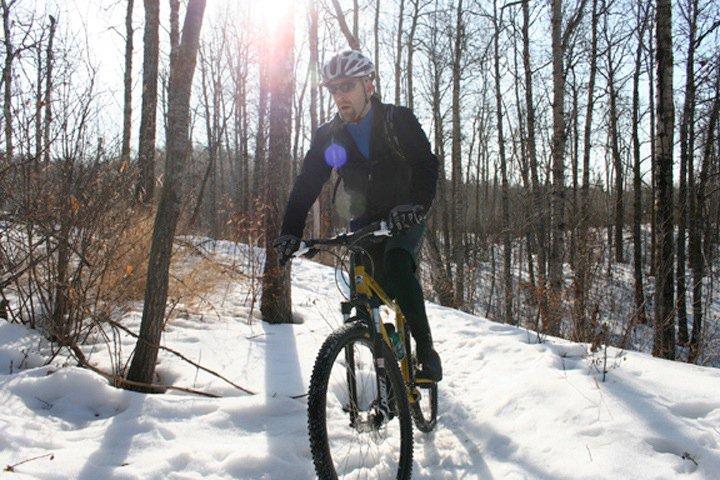 "Riding in Edmonton - the ""winter"" 2009 thread-mill-creek-2010-1.jpg"