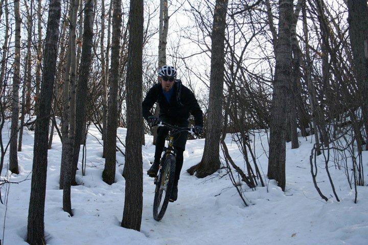 "Riding in Edmonton - the ""winter"" 2009 thread-mill-creek-2010-2.jpg"