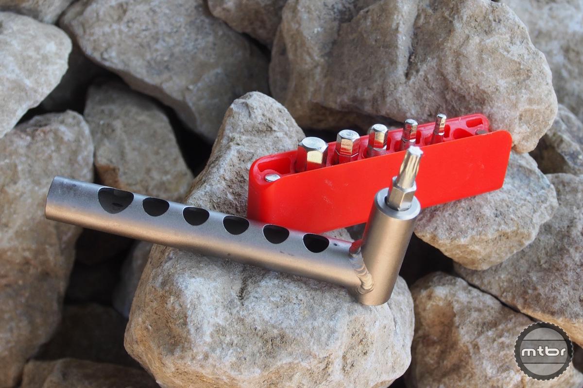 Mineral Design Mini Bar