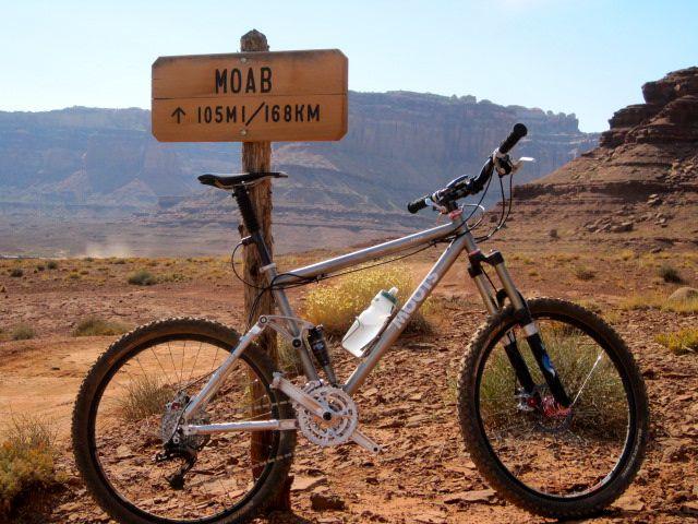 Bike + trail marker pics-moab-105.jpg