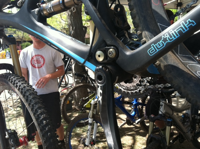 Ibis & Felt Demos at Full Cycle-mojo-sl-r-bb.jpg