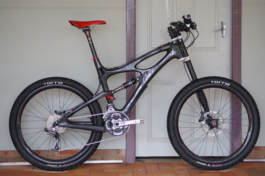 26in chinese carbon all mountain rim-mojo-wheels.jpg