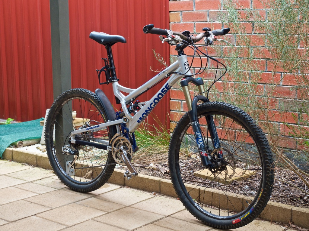 26ers over 10 years old-mongoose-2.jpg