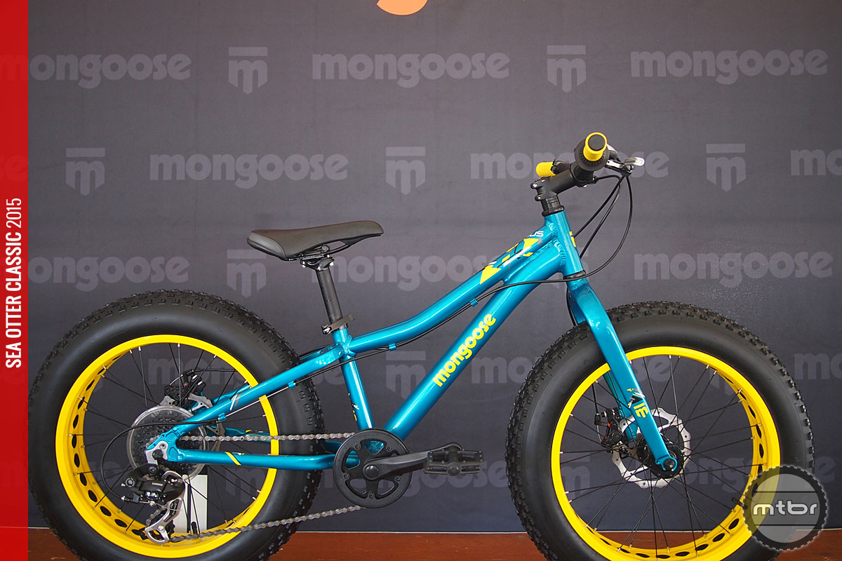 Now, even junior fat bike riders can enjoy an alloy frame, disc brakes and 8 speeds.