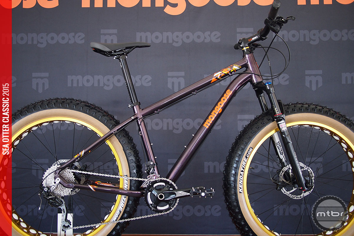 For 2016, Mongoose made several key upgrades including the Rock Shox Bluto fork option and fatter tires.