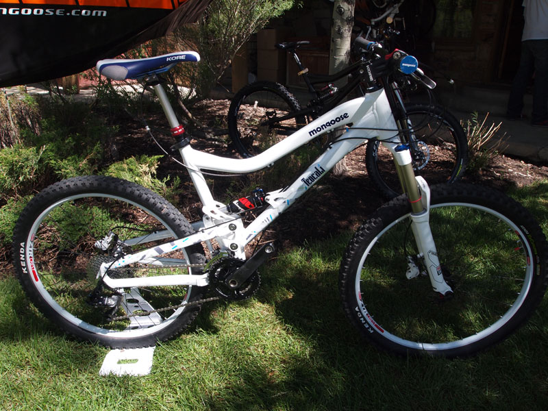 2011 Mongoose TeoCali Super and Salvo Elite-mongoose_teocalisuper.jpg