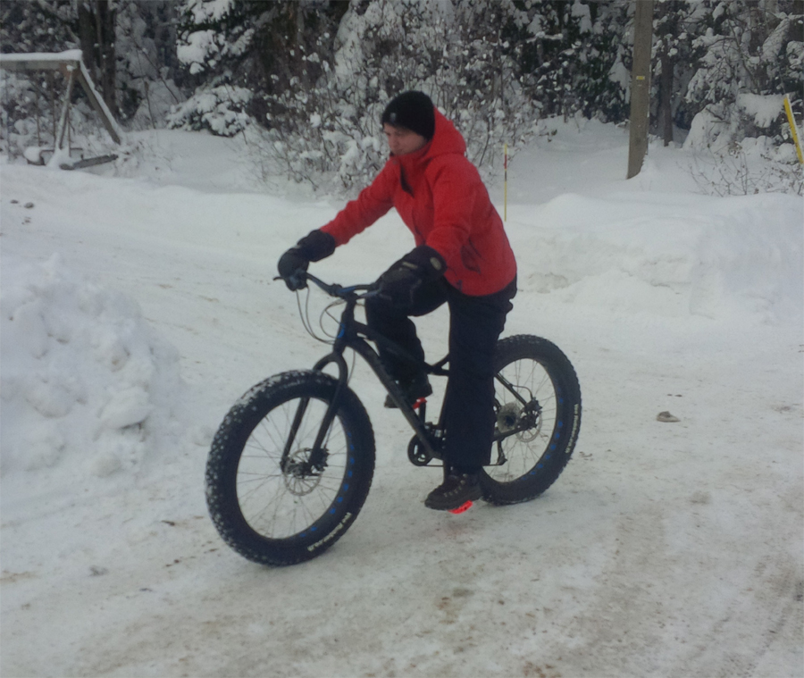 The Minnesota 1.0 and 2.0 Fatbikes-monique-fat-biking.jpg