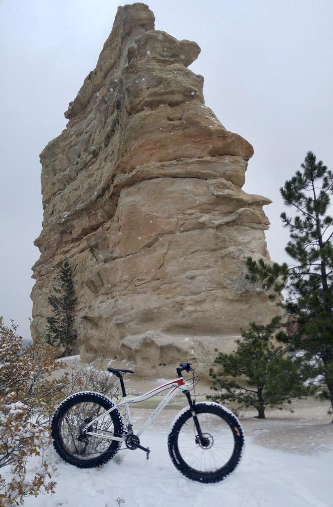 One picture, one line.  No whining. Something about YOUR last ride. [o]-monumentrocksnowbike.jpg