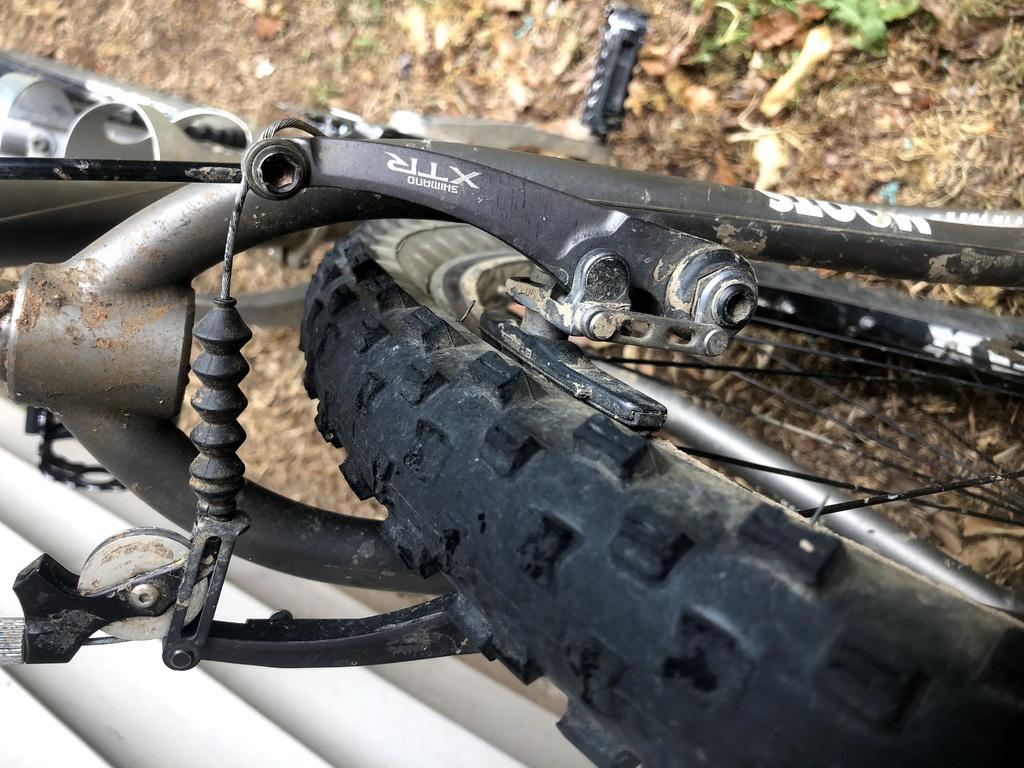 1997ish Moots YBB Fork Upgrade-moots-brake.jpg