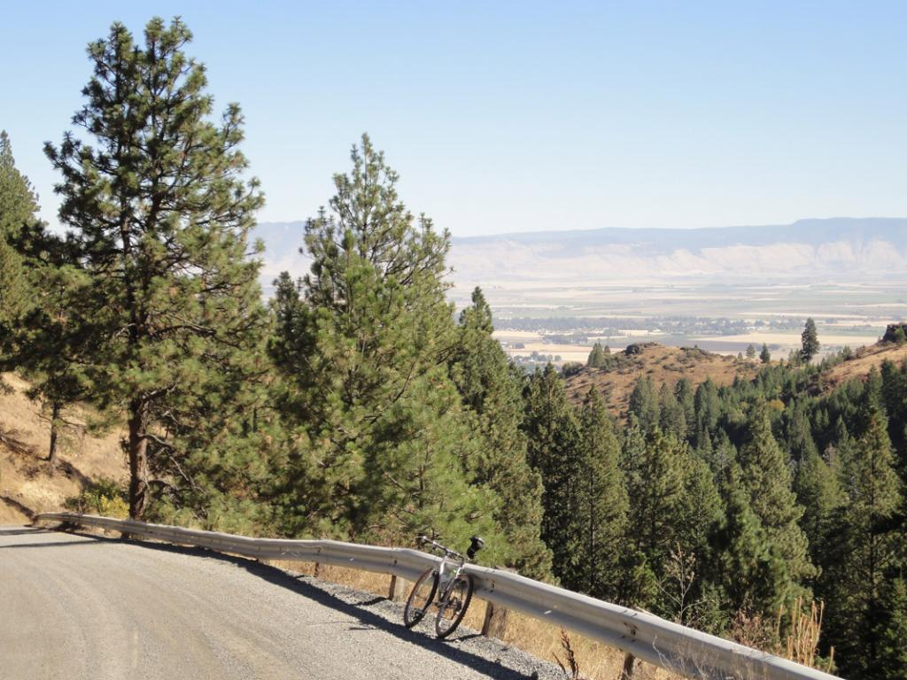 Ride Report: Wallowas, Blue Mtns., and SE Oregon-morganlake3.jpg