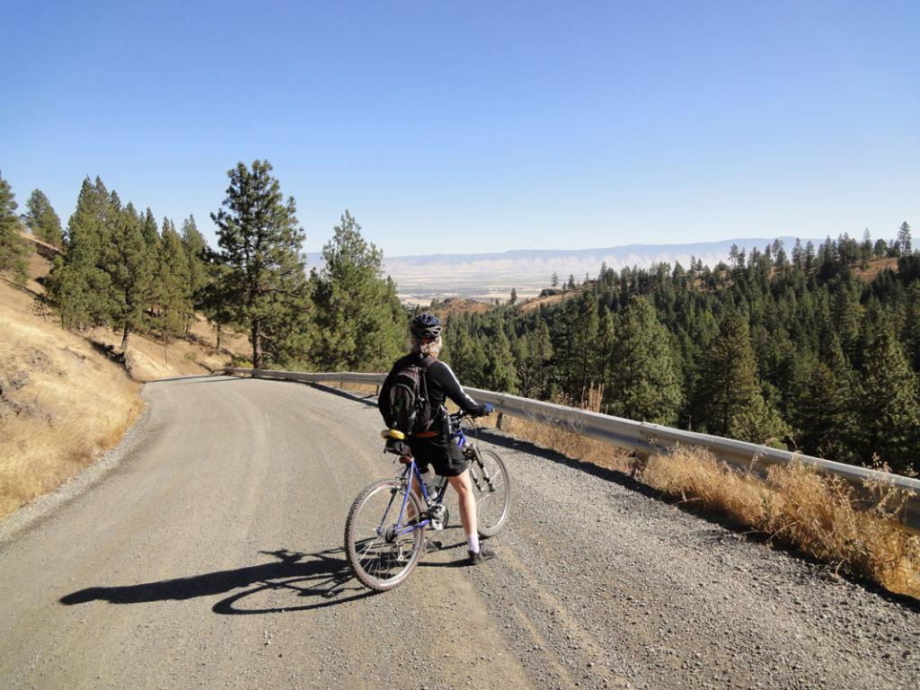 Ride Report: Wallowas, Blue Mtns., and SE Oregon-morganlake4.jpg