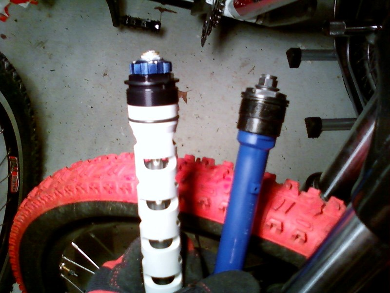 Rockshox Tora what upgrades are there-motion-d.jpg