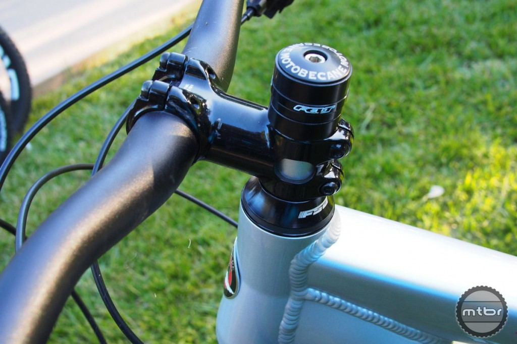 Motobecane Fantom 6by6 Cockpit