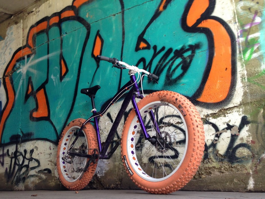 Colored On One Floaters-motobecane_boris_purple_orange_on_one_floaters2.jpg